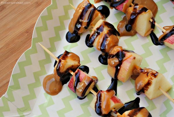 Caramel Apple Skewers. So easy to make and so delicious at thebensonstreet.com
