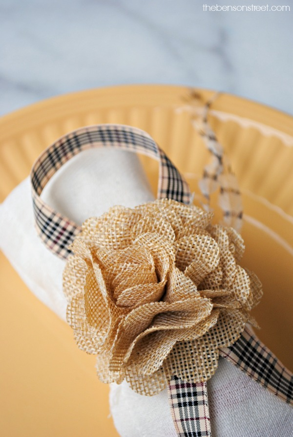Adorable Burlap Flower and Ribbon Thanksgiving Napkin Ring Idea at thebensonstreet.com