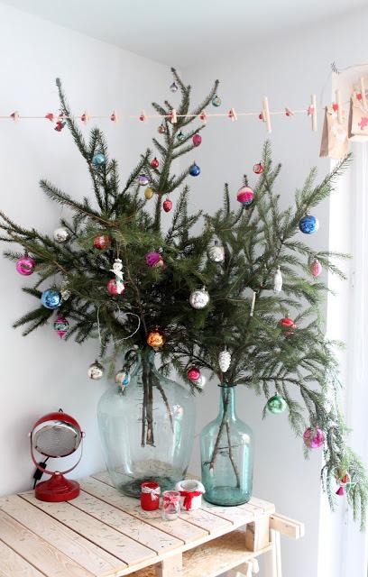 CHRISTMAS TREE JARS