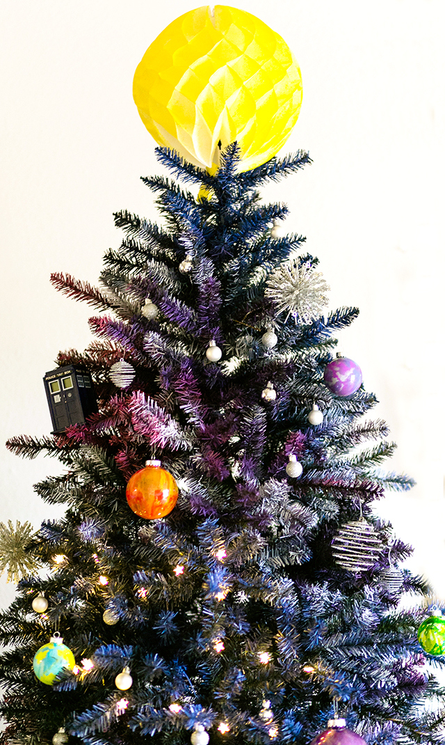 Doctor-Who-Galaxy-Christmas-Tree