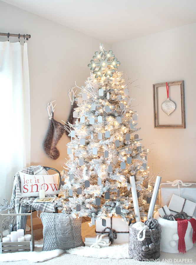 Rustic-Modern-Christmas-Tree