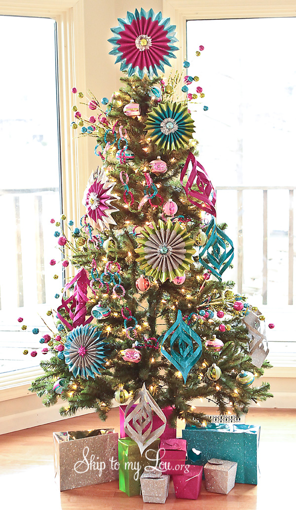decorated-Christmas-Tree-photo