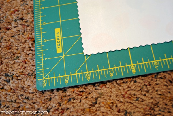 Quick and easy baby gift idea, no sew diaper changing pad at thebensonstreet.com