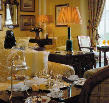 four-seasons-hotel-dublin-lobby-lounge