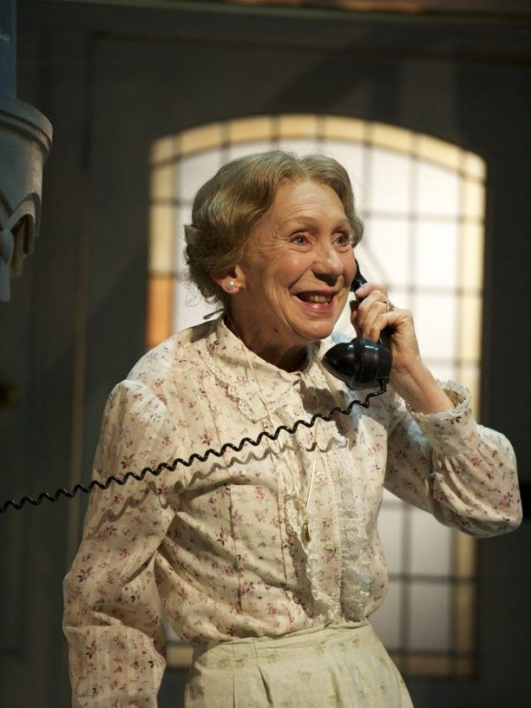 Marcia-Warren-as-Mrs-Wilberforce-in-The-Ladykillers.-Image-by-Manuel-Harlan.-088-681x10241