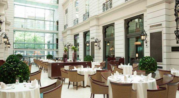 Atrium-restaurant-corinthia-Budapest-s2