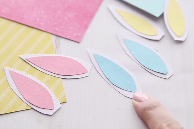 Cut out Bunny Ears for Paper Roll