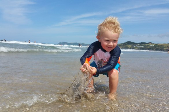 Top Mummy Blog new Zealand Toddler Beach