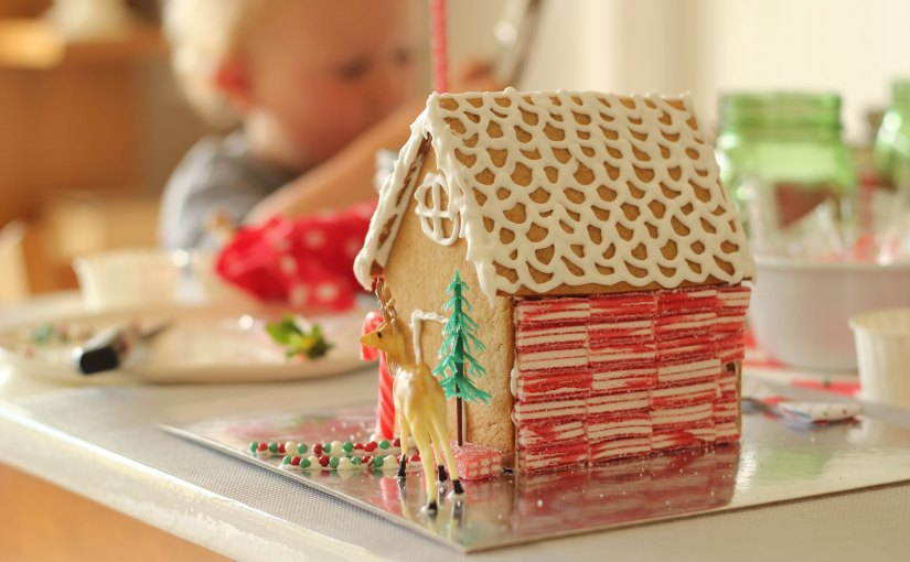 Christmas   Hosting a Gingerbread House Decorating Party
