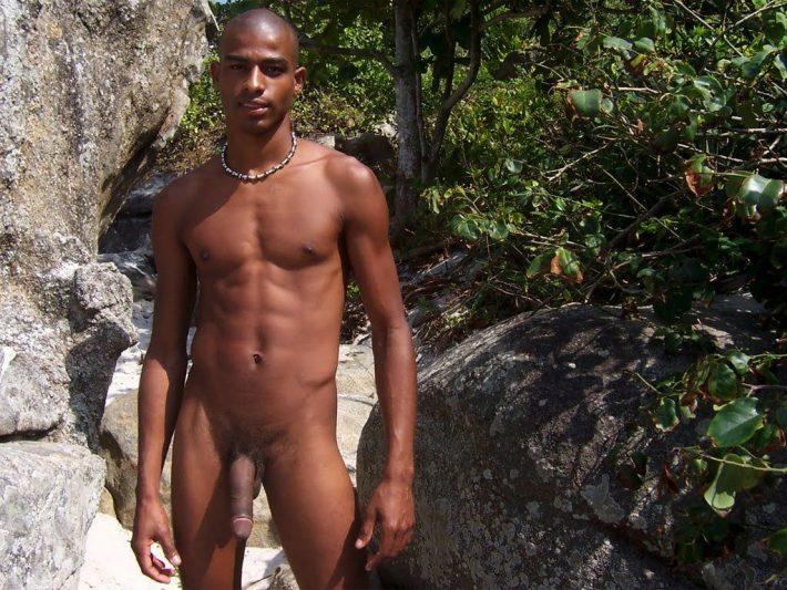 Fodendo o primo no matagal