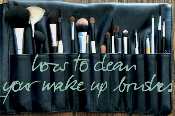 clean make up brushes, make up kwast, thebiggerblog