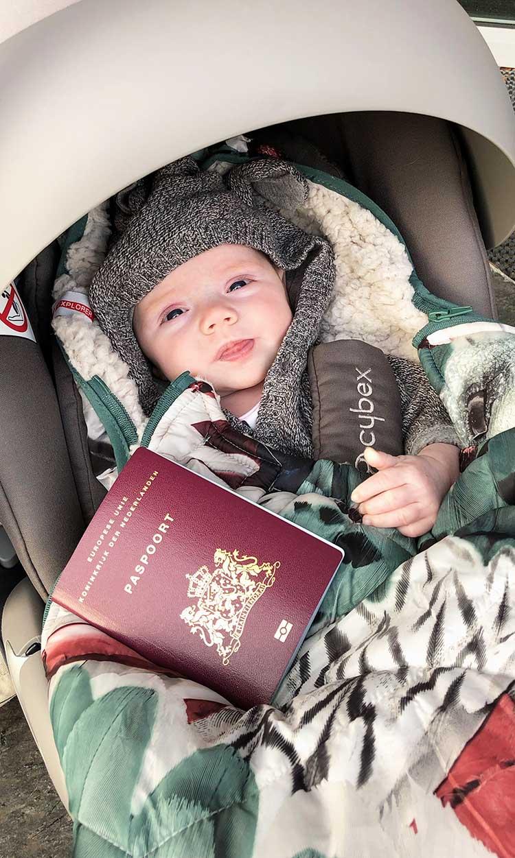 paspoort baby