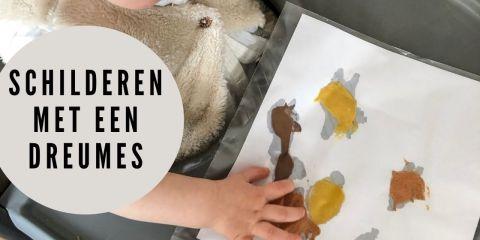 eetbare verf maken, zelf kwasten maken, knutselen met dreumes, knutselen 1-jarige, handwerken, knutselen, baby, dreumes, kleine kinderen, eetbare verf, veilige verf, vingerverf, thebiggerblog, mama blog