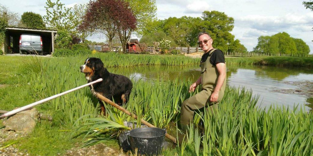 Raiding the neighbours' pond for irises