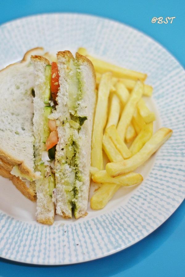 Bombay Masala Toast Sandwich