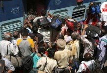 thebiharnews-in-train-become-full-due-to-chhath