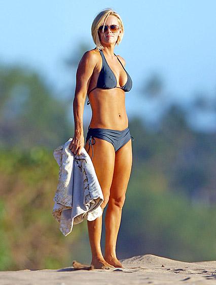 jenny-mccarthy-Bikini