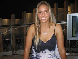 Sally FitzGibbons-Sexy-Surfer-Girl