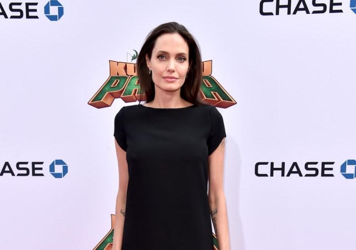 Angelina Jolie Delgada