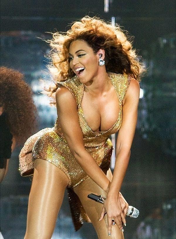 Greatest Hits: Beyoncé Terrorizes a Fan in Oakland