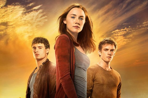 "The Binge Interview: Max Irons and Jake Abel on ""The Host"" [VIDEO]"