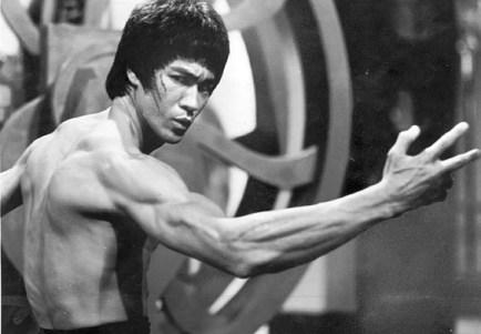 Bruce Lee forearm grip training