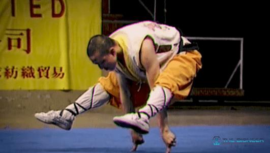 Shaolin Finger Stand