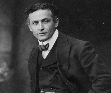 Houdini training