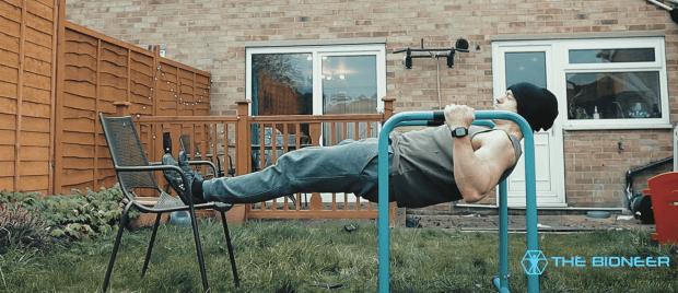 Bodyweight row anti flexion
