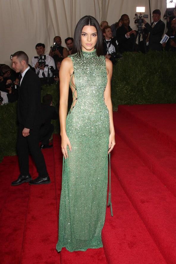 Kendall-Jenner-Vogue-5May15-Rex__592x888