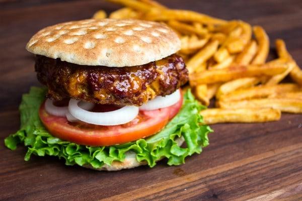 smoked-chorizo-burgers-5
