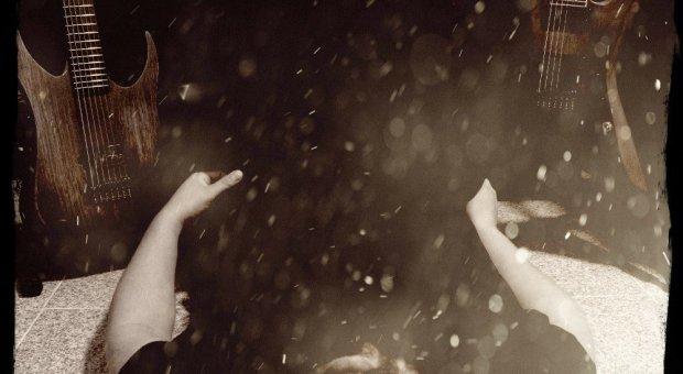 "Colosso unleash new single ""Pestilence"""
