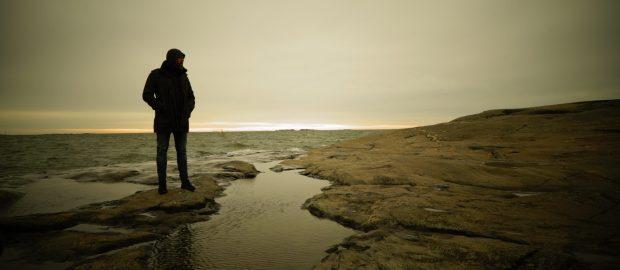 Ocean Dark stream new single Die For Me