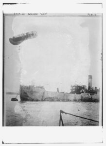 Title: British Balloon ship<br /><br /><br /><br /><br /><br /><br /> Creator(s): Bain News Service, publisher<br /><br /><br /><br /><br /><br /><br /> Date Created/Published: [between ca. 1910 and ca. 1915]