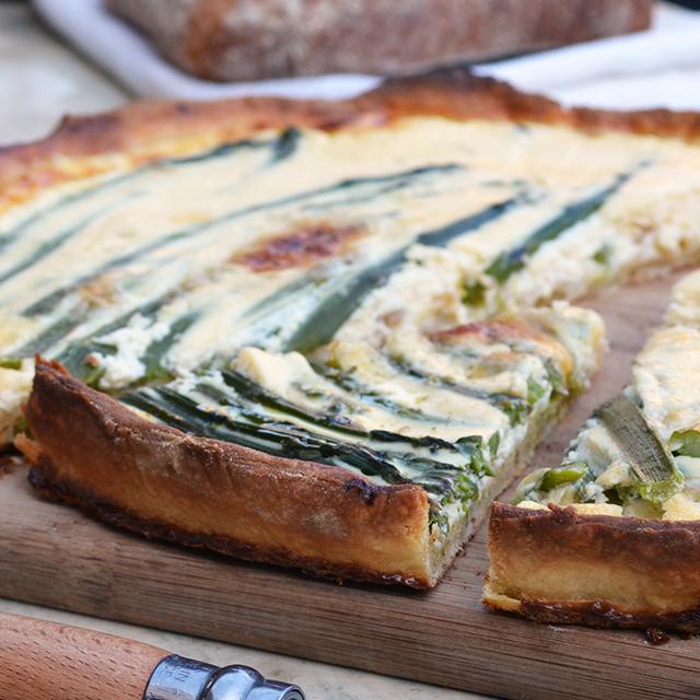 Quiche-Aspèrges-Aspargus-felipe-terrazzan-the-blind-taste-food-blog-gourmand-cuisine-culinary-recette-recipe-guide-restaurant-paris-new-york-sao-paulo-fooding-receitas-gastronomia-cozinha-delicious-easy-tasty-facile-facil-rapido-quick