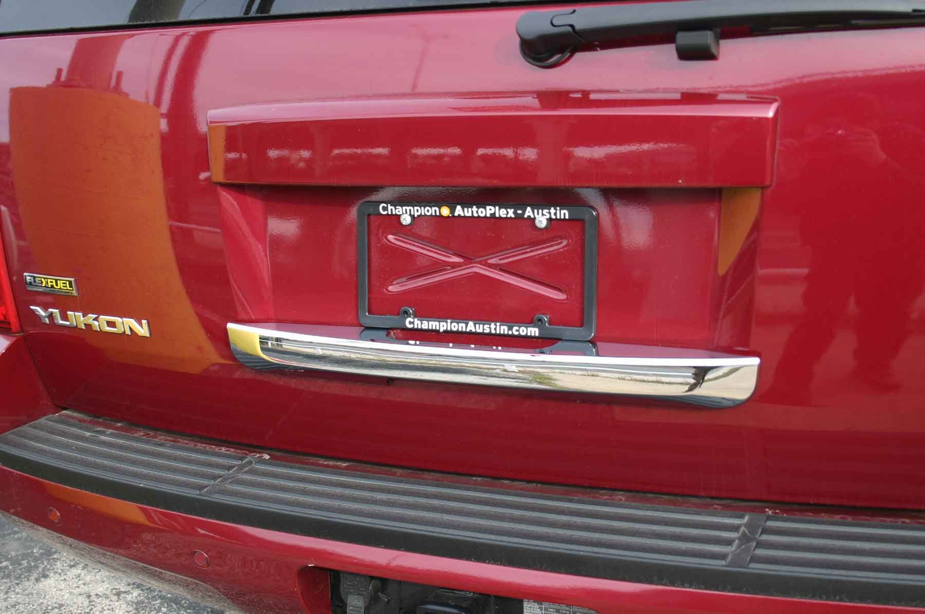 hight resolution of gmc yukon chrome rear lift tail gate handle cover trim 2013 chevy tahoe tailgate diagram