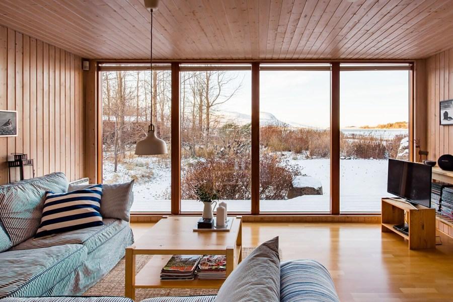 Mosfellsbær, Iceland Lake Home Airbnb