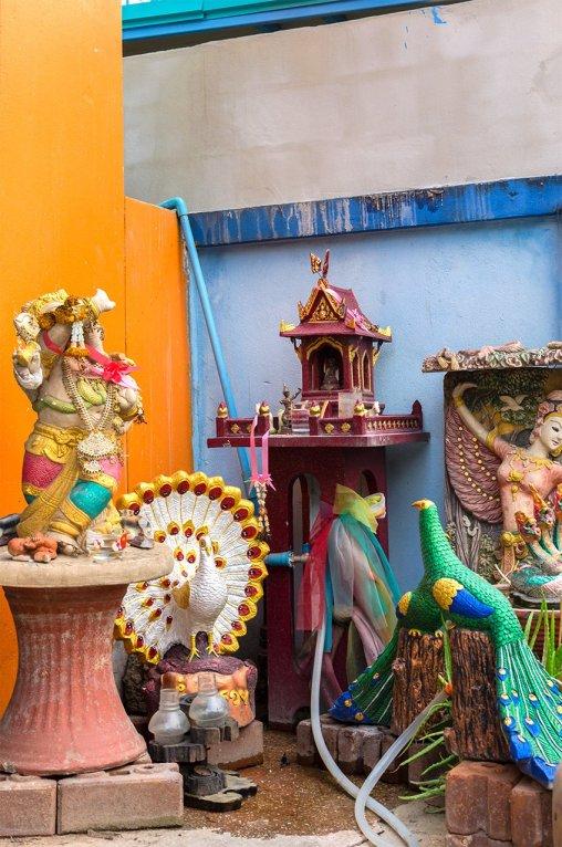 W Tajlandii czci się wiele bóstw i wierzy w liczne przesądy.