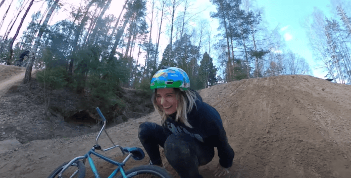 Arina Brabus : How quarantine is for BMX riders in Moscow
