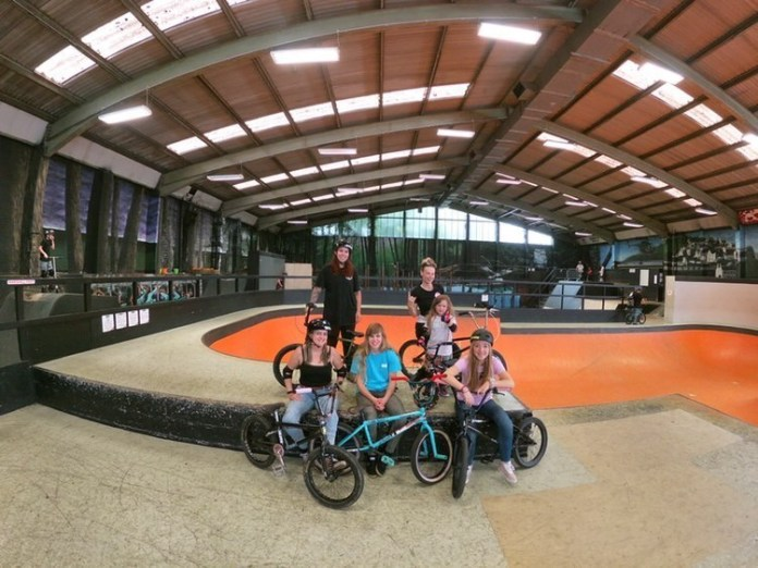 Last session at Rush skatepark with the girls