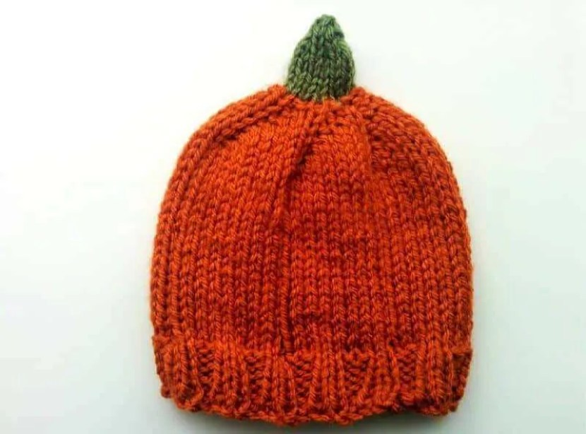baby pumpkin beanie
