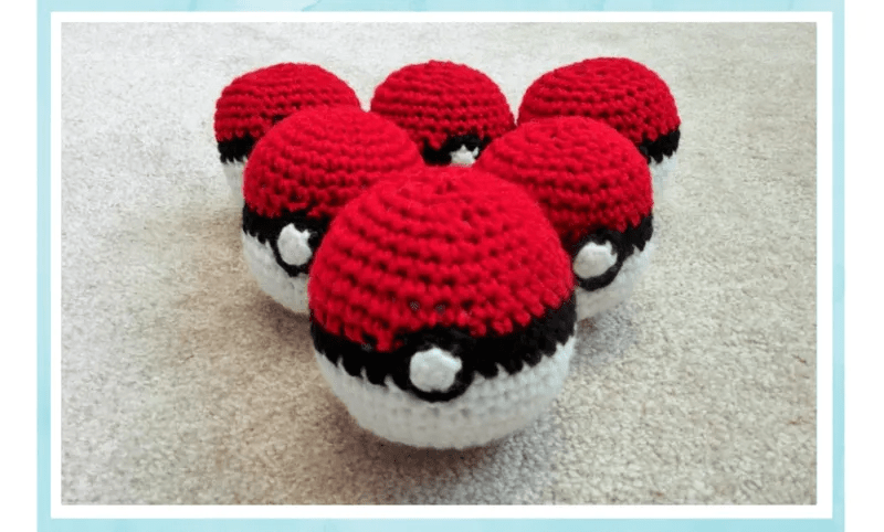 How to Make A Crochet Ball (+Pokeball Pattern)