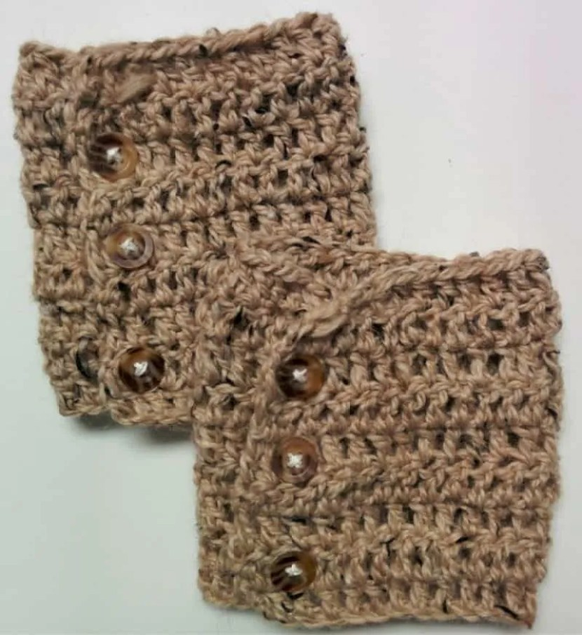 FREE Patterns: Crochet Boot Cuffs (2 versions) |