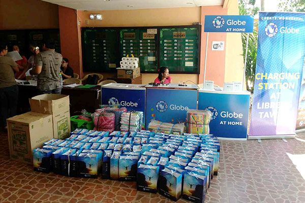 Globe Operates Relief Drive For Displaced Marawi Residents