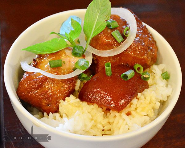 Ca Thit Kho Nuoc Dua - Enjoy Sumptuous Food At Rau Ram (Saigon) Vietnamese Cafe In Bacolod City