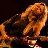 Interview met Ana Popovic, een veelzijdige wereldburger en gitaarvirtuoos (v)