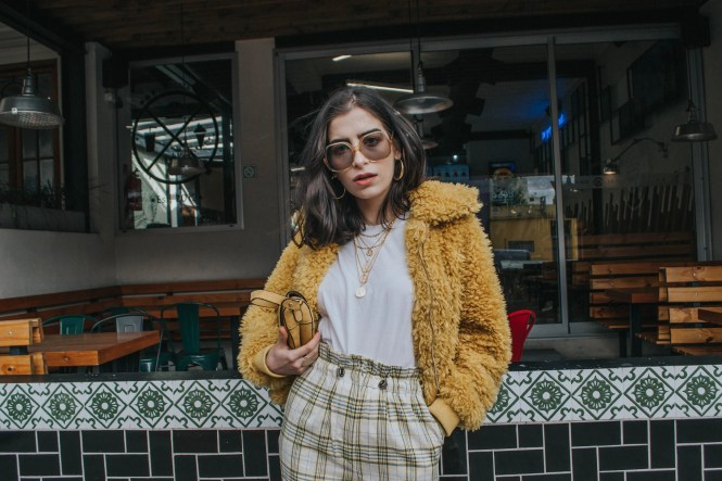 how to wear plaid pants, fall outfit, theblueyedgal
