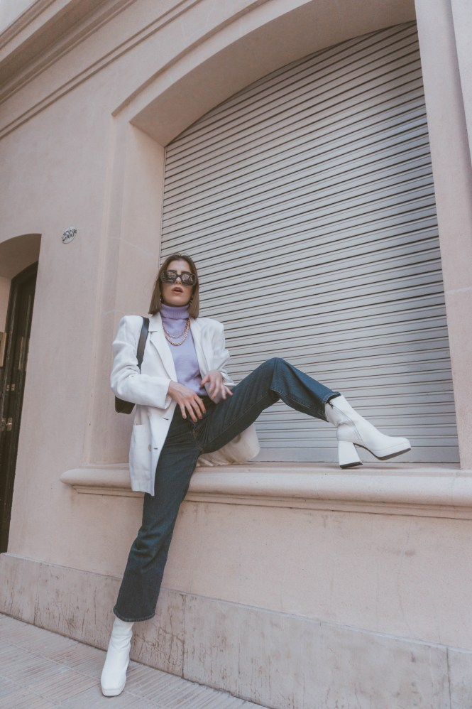 60s fashion trend, 60s fashion, 70s fashion, 70s inspired, white boots, theblueyedgal, the blue eyed gal, trend alert, 2021 trends, outfit inspo, outfit inspiration, parisian chic, minimal streetstyle