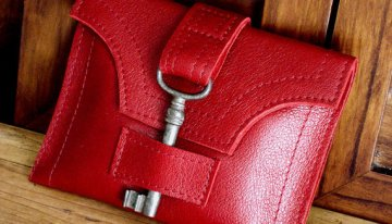 Urban Heirlooms – Leather Bags & Accessories Featuring Antique Keys