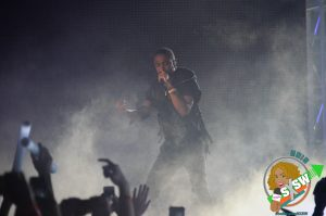 "Big Sean performs ""All Me"" verse at the 2015 mtvU Woodie Awards"